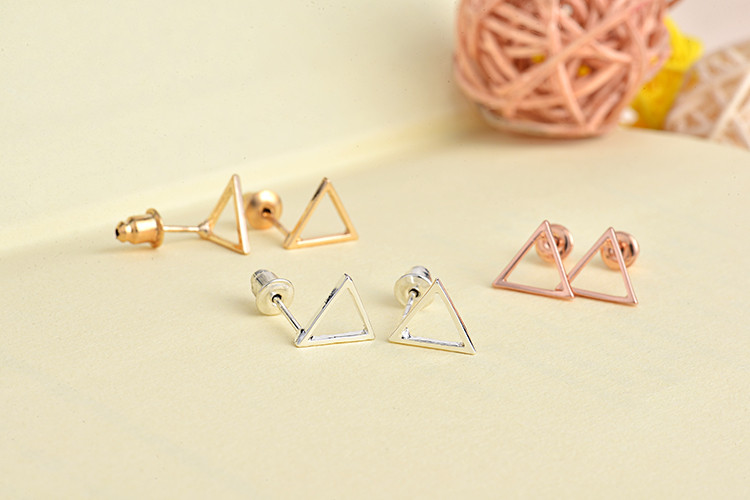 women-fashion-triangle-earrings-4
