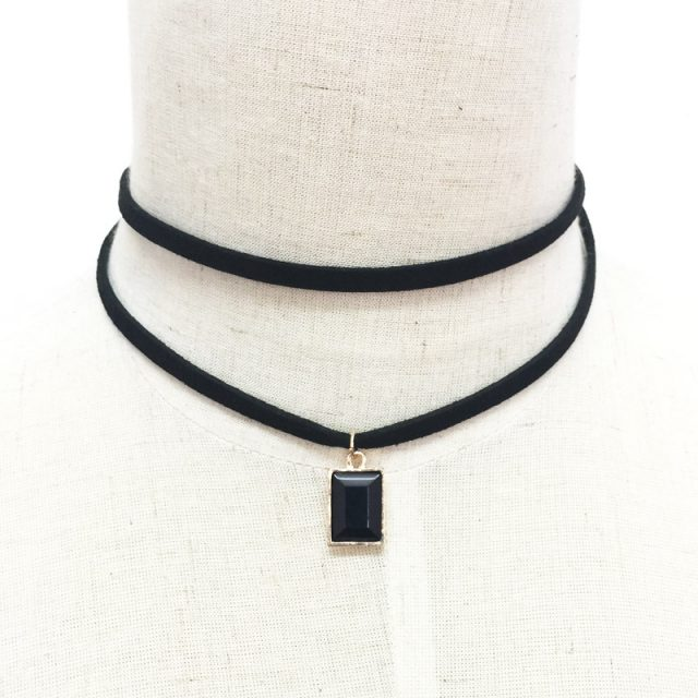 Multilayer Choker Necklate with Jewelry Crystal