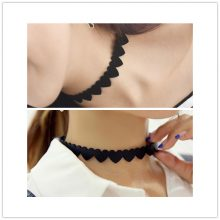 Leather Heart Design Choker