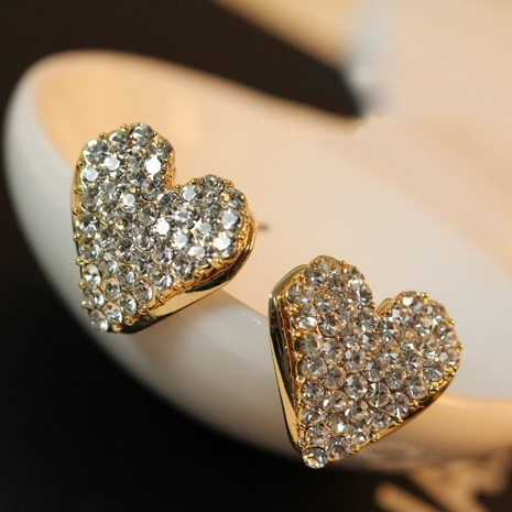 Lovely Peach Heart Stud Earrings