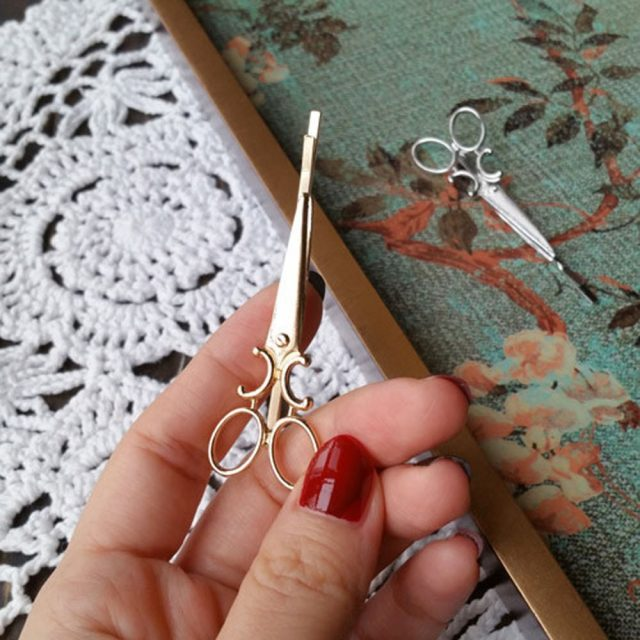 Scissor Shaped Hair Clips