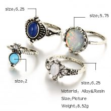 Color Stone Midi Ring Set