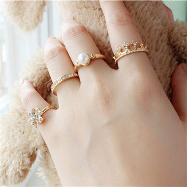 Premium Gold Plated Rings Set