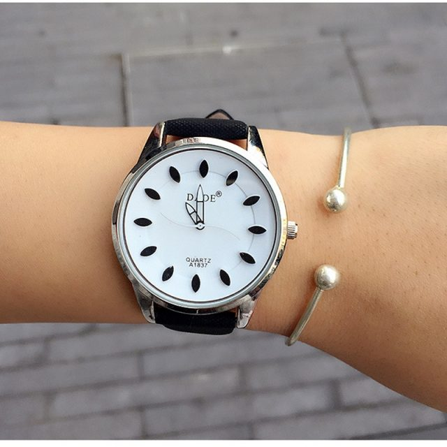 DADE Leather Bracelet Watch For Women