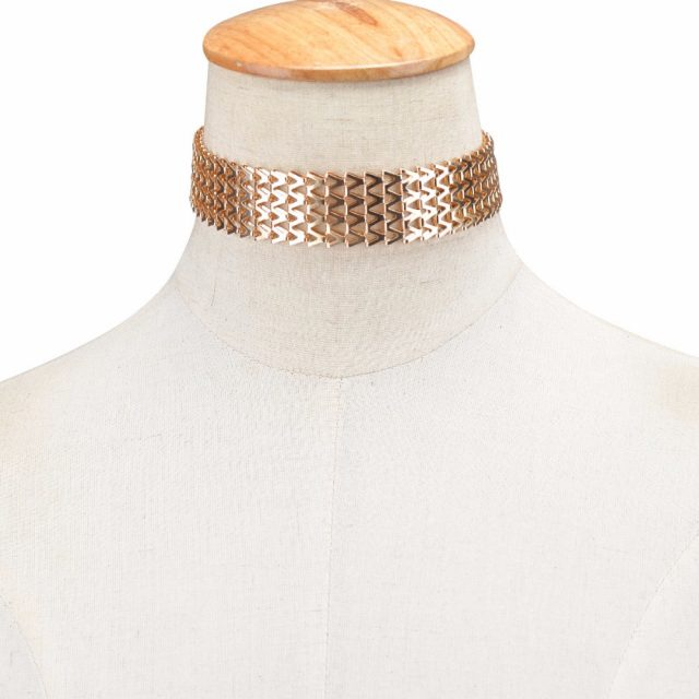 Four Layer V Choker