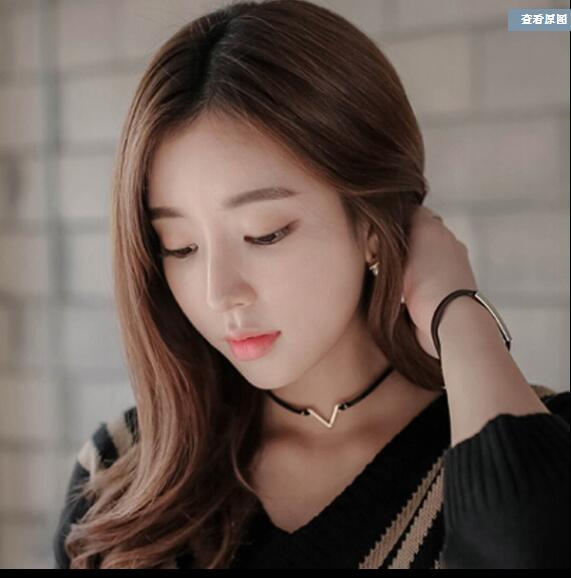 Fashion V Shape Choker