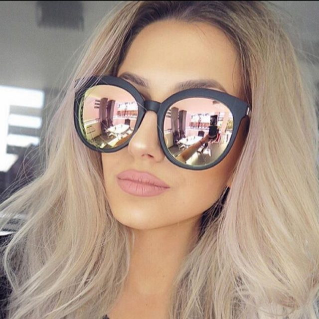 Stylish Round Mirrored Sunglasses
