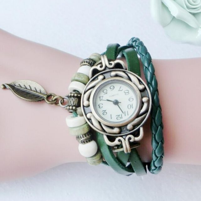 High Quality Leather Vintage Watch – Multicolor